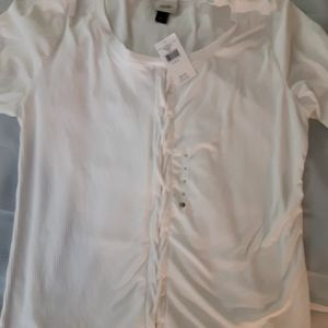 Women's White Scoop Neck Summer/Fall Shirt